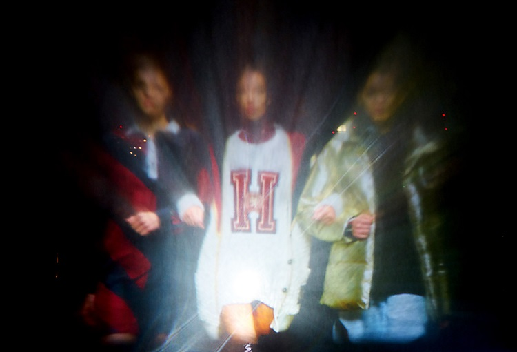 Holographic Water Projection: Tommy Hilfiger in Tokyo